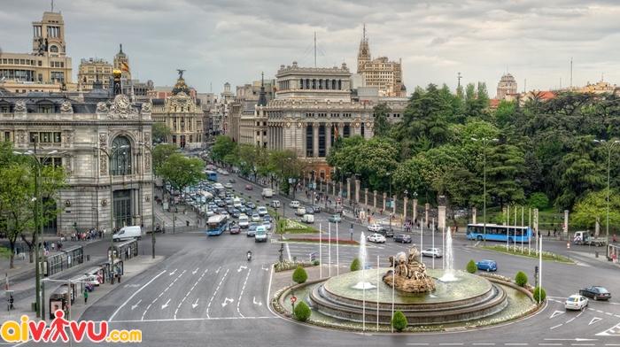 Quảng trường Plaza de Cibeles