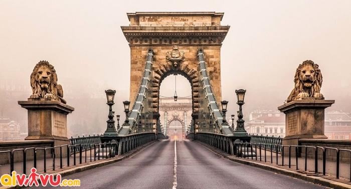 Cầu xích Chain Bridge Budapest