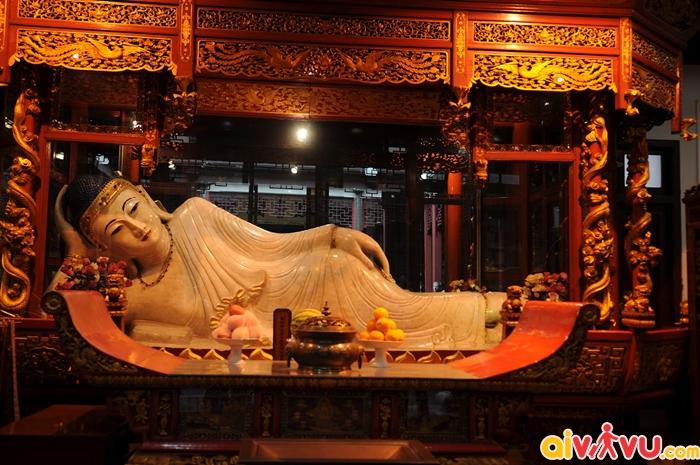 Tượng Phật Ngọc trong chùa Phật Ngọc ở Thượng Hải