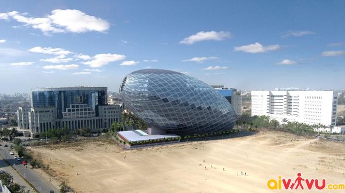 Tòa nhà hình trứng độc đáo nhìn từ xa