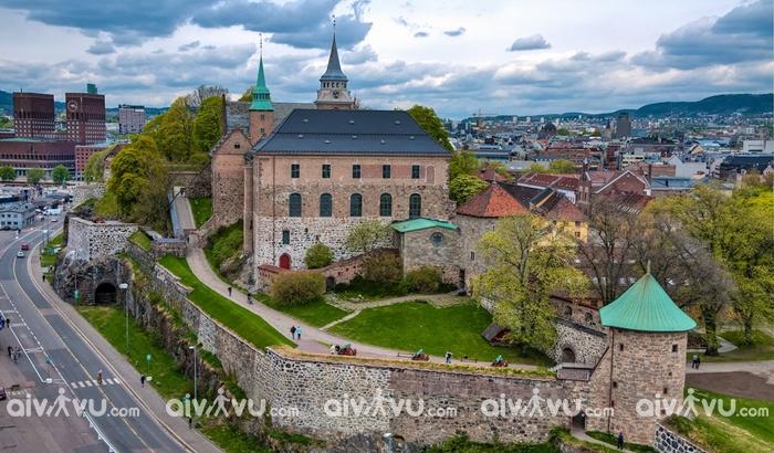 Lâu đàiAkershus tòa lâu đài cổ tại Oslo
