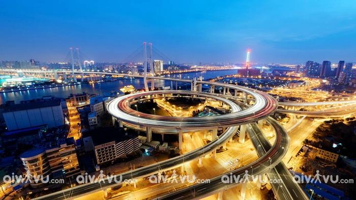 Cầu Nam Phố là điểm vui chơi nổi tiếng nhất Thượng Hải