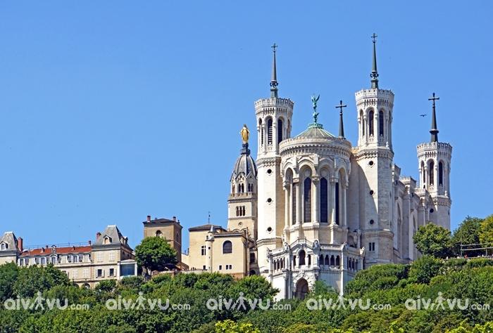 Thánh đườngFourviere Basilica - Lyon