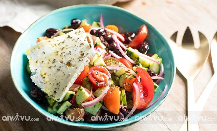 Horiatiki Salata món salad truyền thống của Hy Lạp