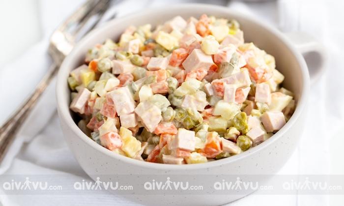 Salad Olivier món ăn được yêu thích tại Kiev