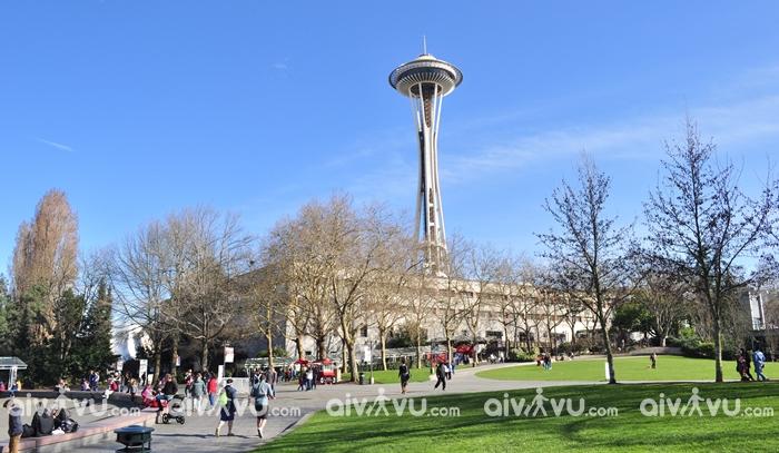 Tòa tháp Seattle Center biểu tượng nổi tiếng của Seattle