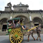 Đi xe ngựa ở thành cổ Intramuros, Manila