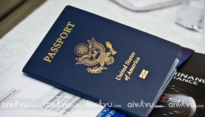 Hộ chiếu là giấy tờ quan trọng để nhập nước Pháp