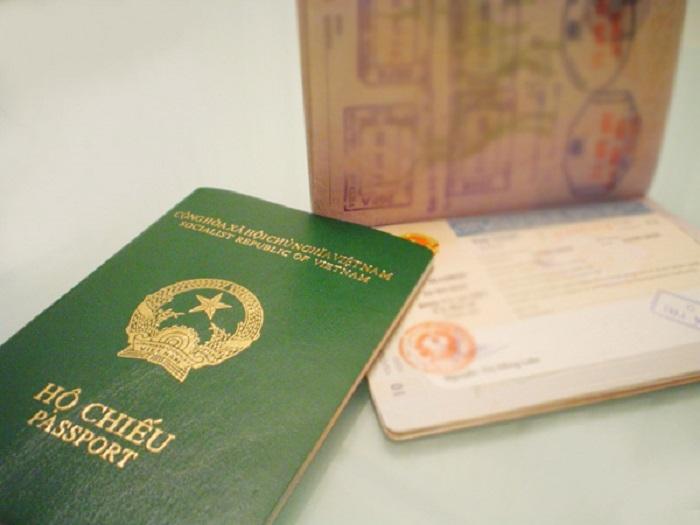 Phải làm gì khi mất hộ chiếu ở nước ngoài