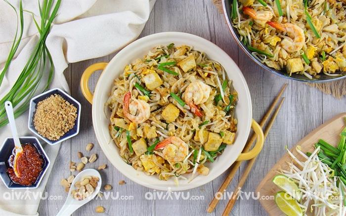 Pad Thái một trong những món ăn nổi tiếng nhất của Thái Lan