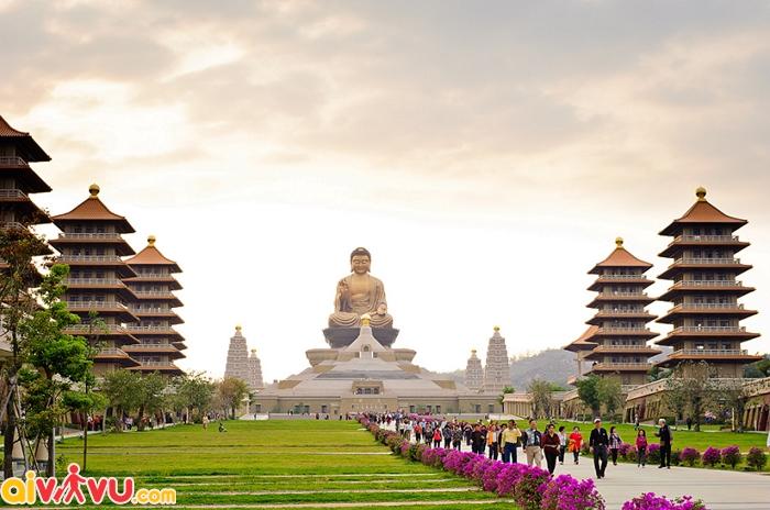 Phật Quang Tự, Đài Trung