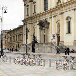 Thuê xe đạp khám phá thành phố
