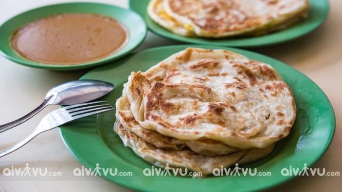 Bánh mì Naan đặc trưng của người Ấn Độ