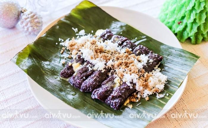 Puto Bumbong món ăn truyền thống vào giáng sinh tại Philippines.