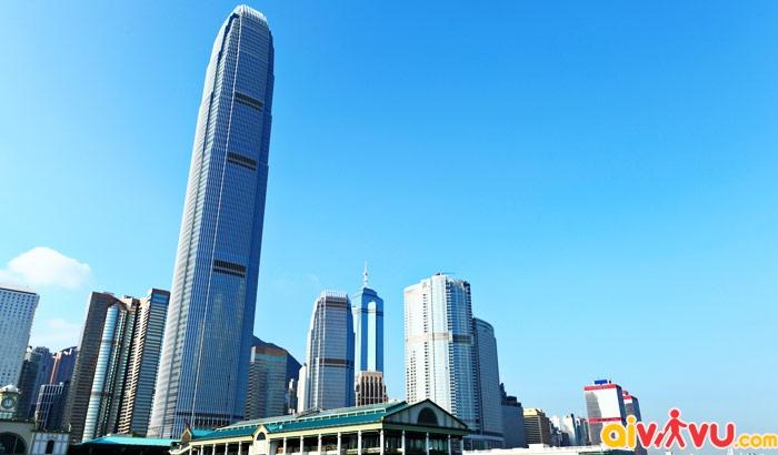 Tòa nhà Sky 100