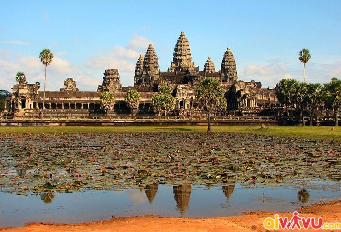 Quần thể đền Angkor Wat