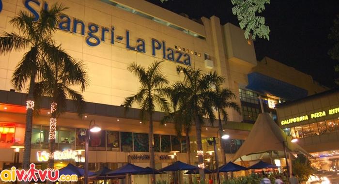 Trung tâm Shangri La Plaza hiện đại