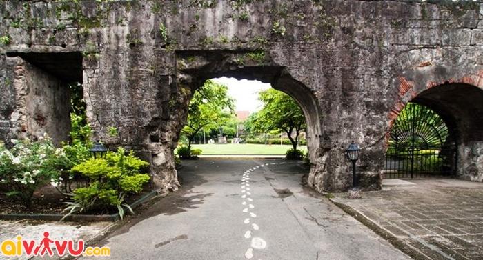 Fort Santiago - nhà tù thực dân lâu đời nhất ở Philippines