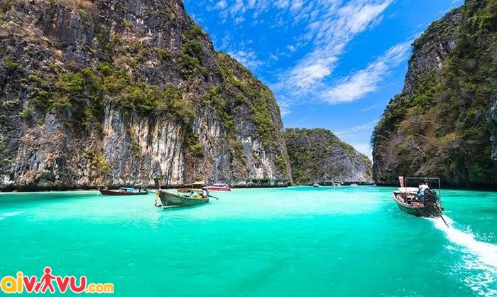 Phi Phi là 1 thiên đường biển đúng nghĩa