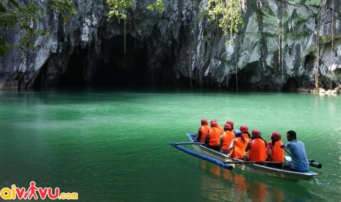 Chinh phục dòng sông ngầm Puerto Princesa