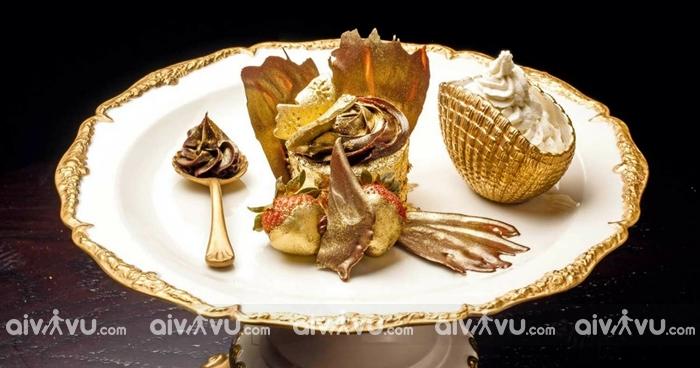 Cupcake dát vàng Abu Dhabi