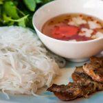 Thành phẩm là sợi bún trắng, mềm, sử dụng được cho nhiều món ăn khác nhau