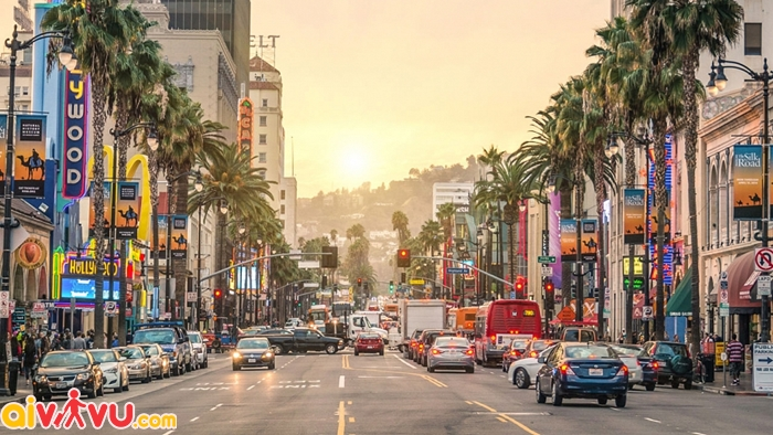 Los Angeles xa hoa và náo nhiệt