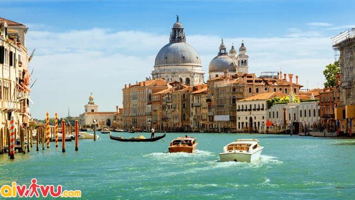 """Du lịch """"thiên đường"""" Venice - Ý"""