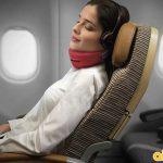 Mẹo ngủ ngon trên máy bay.