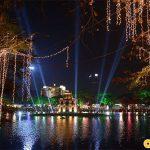 Hồ Gươm điểm đến không thể thiếu trong đêm noel