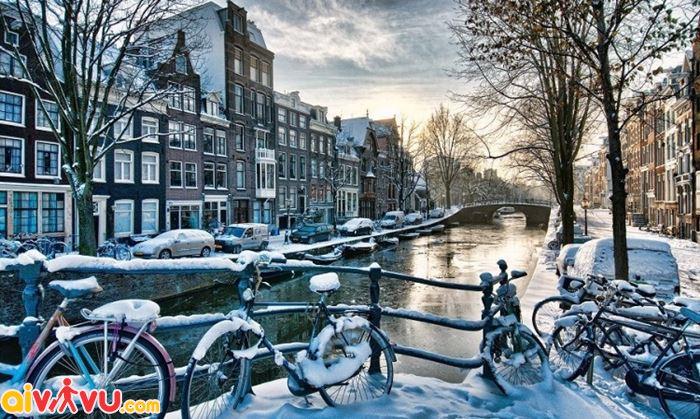 """Mùa đông đẹp """"đốn tim"""" ở Amsterdam"""
