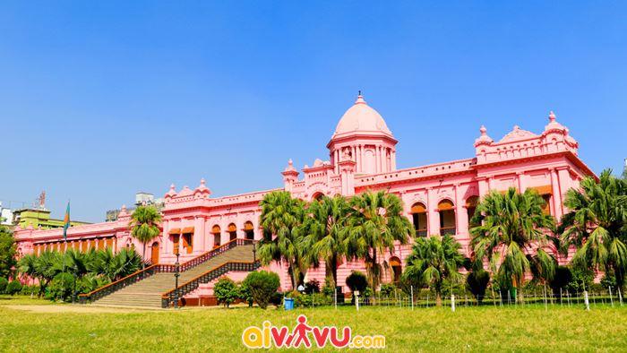 Cung điện màu hồng Ahsan Manjil