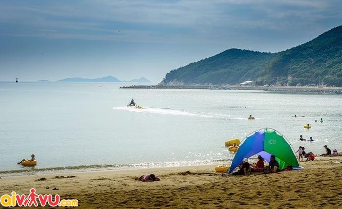 Du lịch ở đảo Deokjeokdo