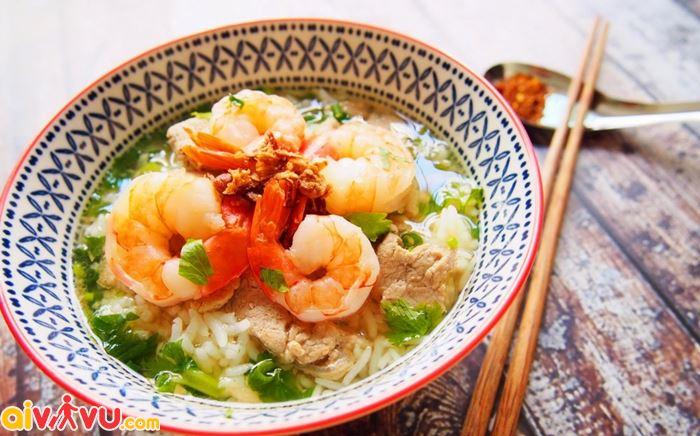 Khao tom cho bữa sáng ở Thái Lan