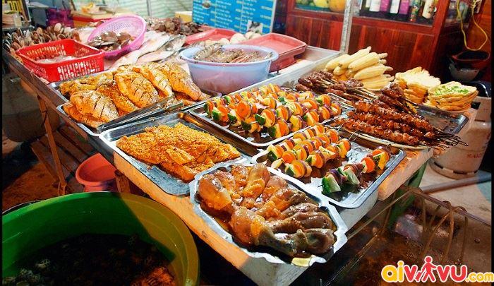 Thưởng thúc món ăn ngon tại chợ đêm Đà Nẵng
