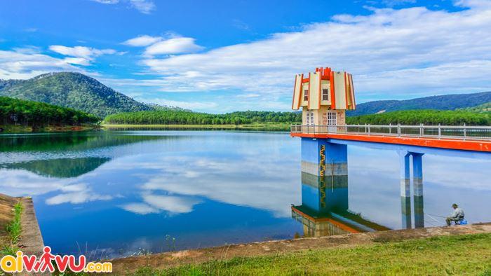 Cảnh đẹp hồ Tuyền Lâm