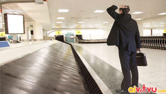 Hành lý bị quên sẽ được giữ lại tại kho hàng của hãng