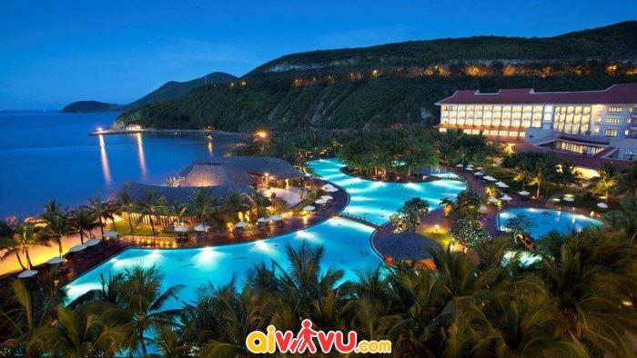 Du lịch biển Nha Trang nhộn nhịp