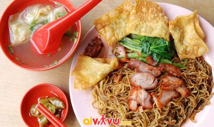 Nếm thử món ngon Malaysia