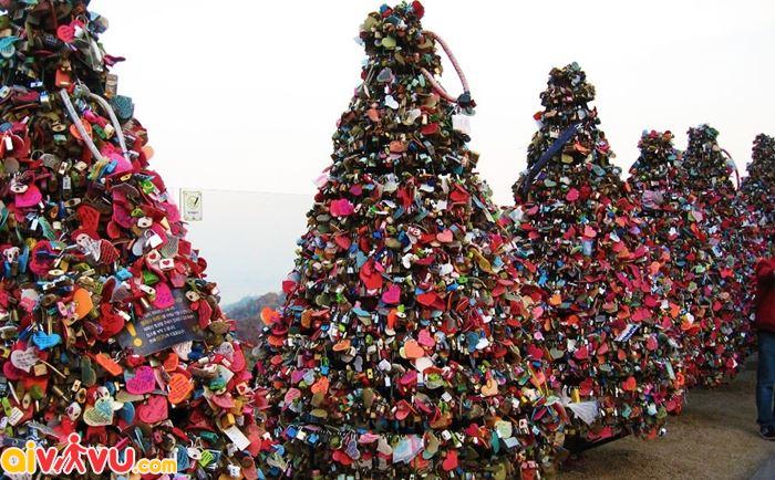 Nơi treo chìa khóa tình yêu ở Tháp N Seoul