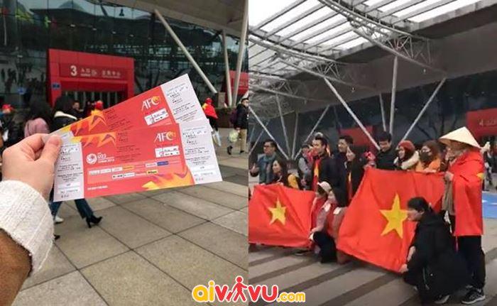 Rất nhiều cổ động viên Việt Nam đã có mặt ở Sân vận động Olympic Thường Châu