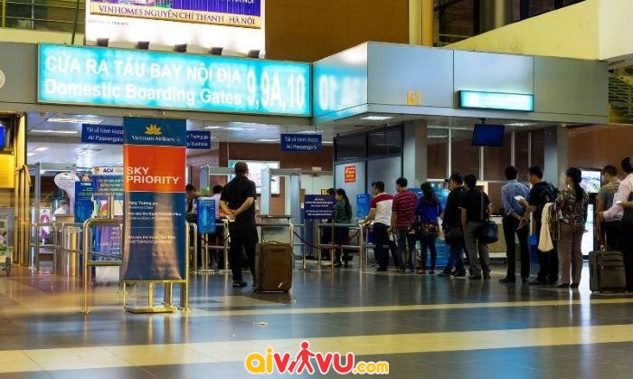Sân bay tiếp tục được mở rộng