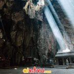 Hang sâu dưới chùa Ứng Nhiên
