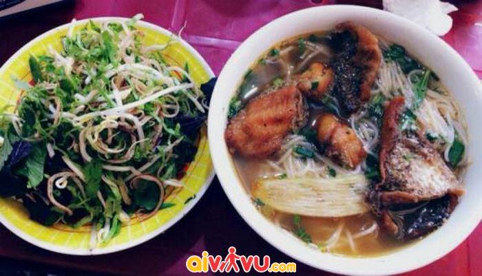 Những quán bún cá ngon nổi tiếng ở Hà Nội đủ gia vị