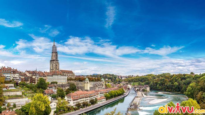 Bình yên nơi phố cổ thủ đô Bern