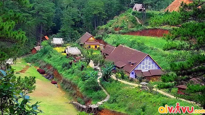 Làng Cù Lần ngôi làng nhỏ xinh nằm giữa thung lũng