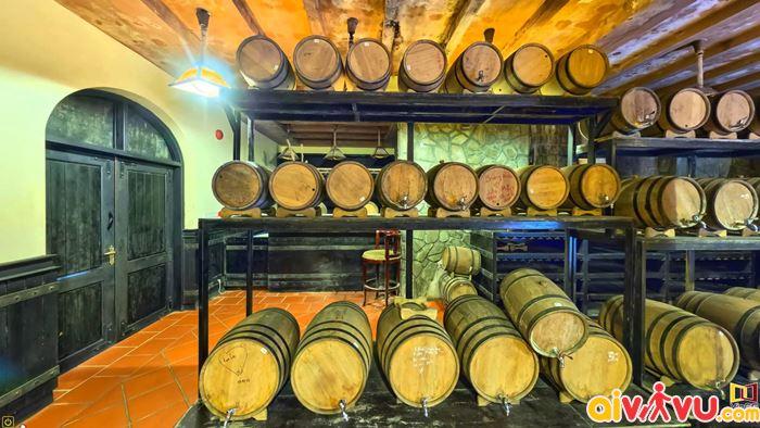 Hầm rượu Debay được người Pháp xây dựng từ 1923