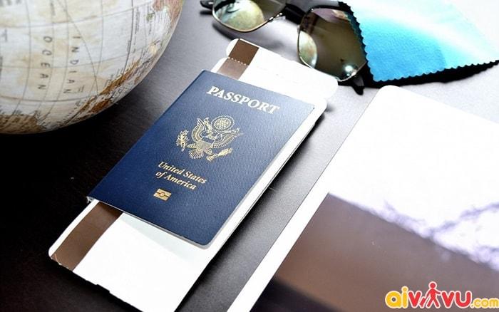 Đối với các chuyến bay quốc tế cần mang theo visa theo quy định