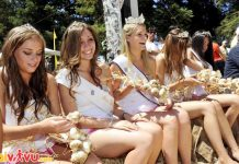 Cuộc thi hoa hậu tỏi tại lễ hội tổ chức tại California