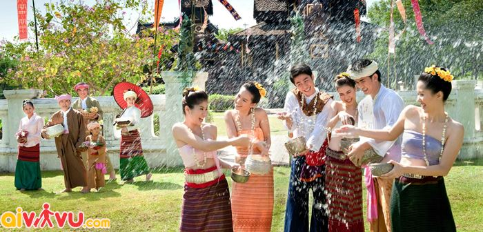 Lễ hội té nước của Thái Lan